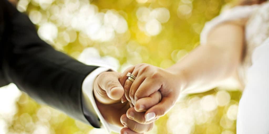 wedding fair. couple hold hand. Thailand Event Guide
