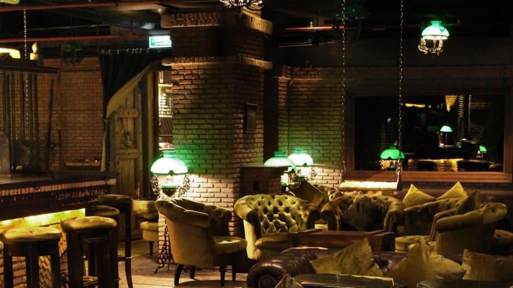 Best bar and restaurant Maggie Choo in Bangkok, Thailand