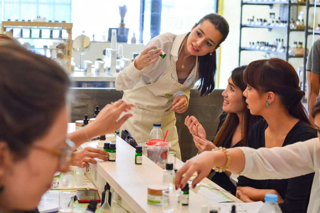Perfume is in the making at this workshop on how to make perfume. Thailand Event Guide