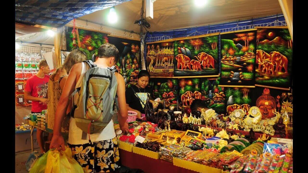 Pattaya Beach Road Markets