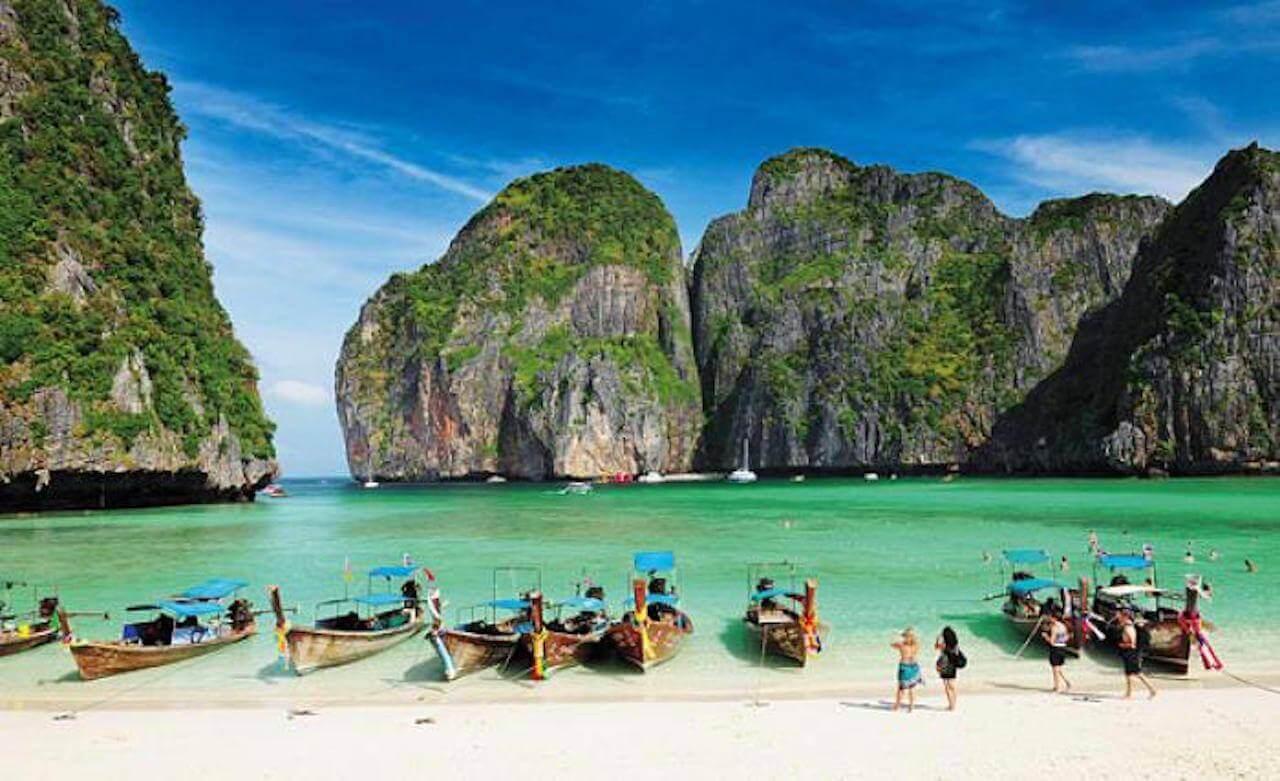 Phuket Beaches - Phuket Island has some amazing beaches