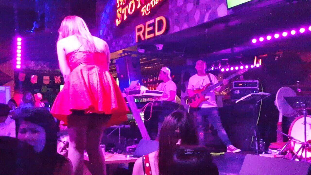 The Stones House Pattaya - Live Music Venue