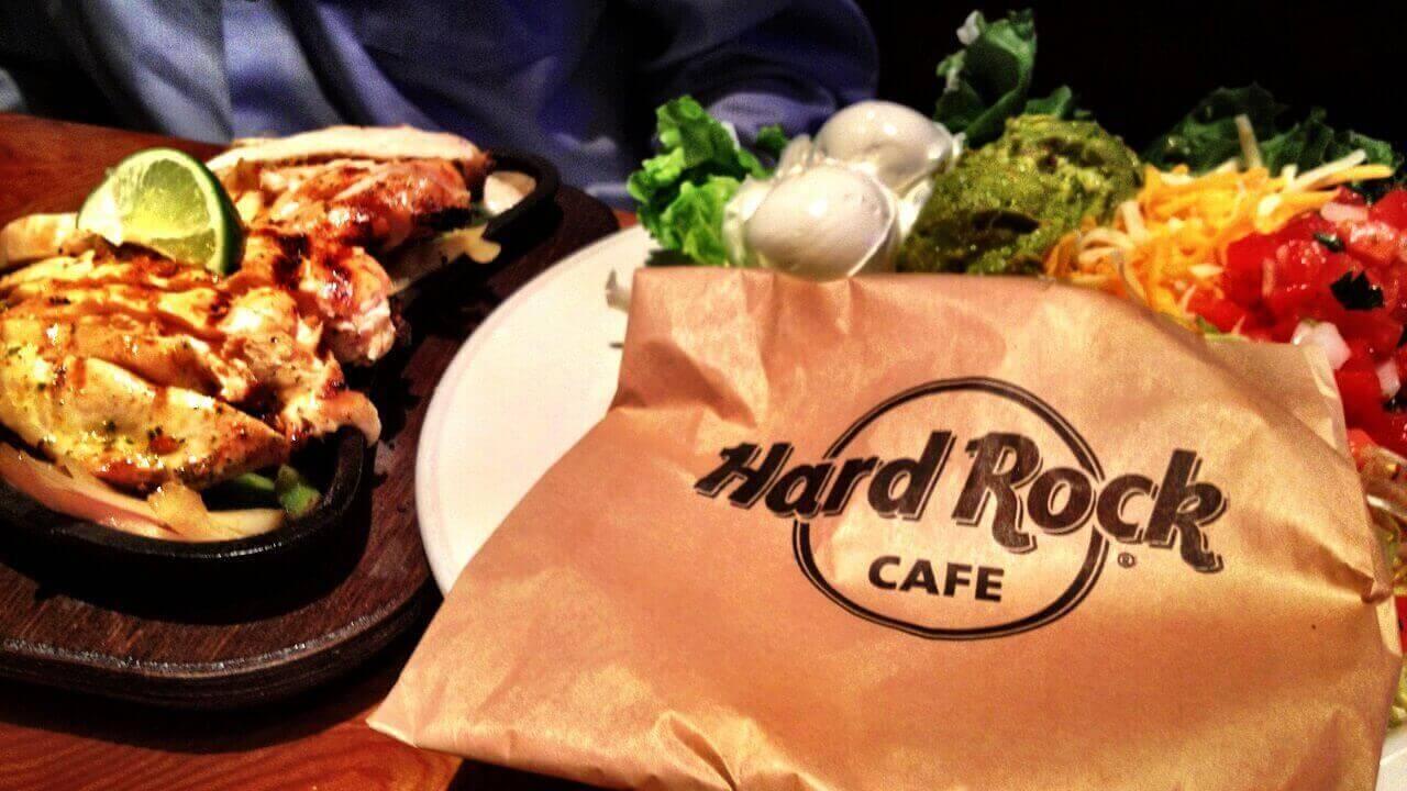 Christmas Saturday Drag Brunch - Hard Rock Cafe Bangkok