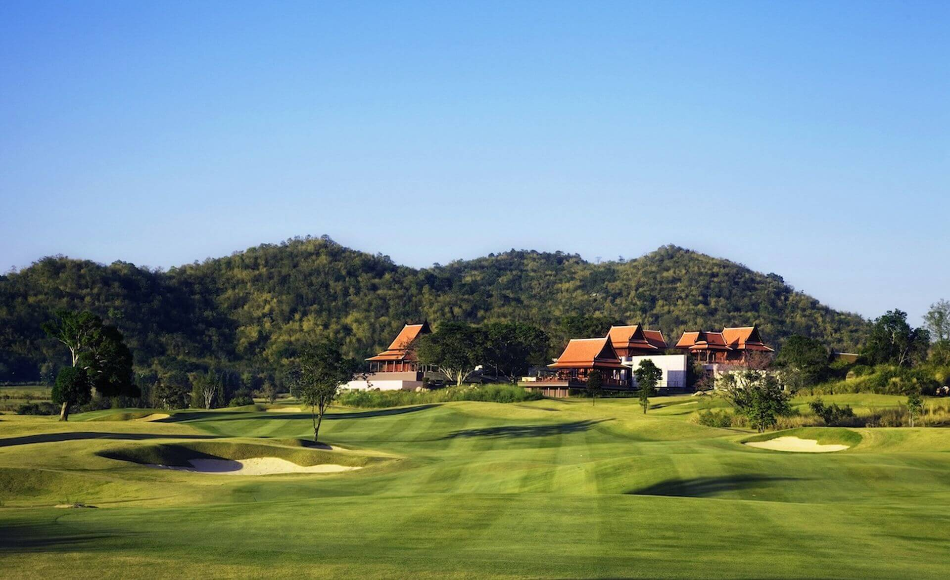 Banyan Estate in Hua Hin offers luxury residences. Buyers who search for a second home or new permanent residence can find their desired lifestyle preference in Hua Hin. Thailand Event Guide
